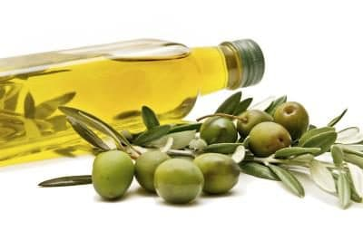 Olive Oil Helps you Lower Cholesterol Naturally