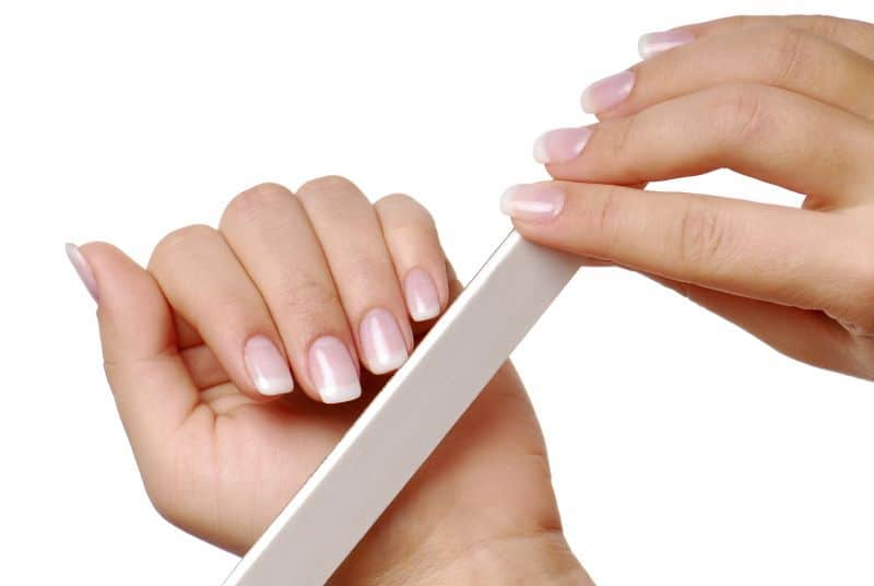 How to Get Healthy Fingernails After Removing Acrylic Fake Nails