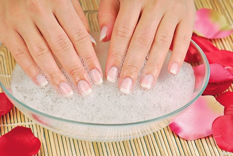 Soak nails in coconut oil