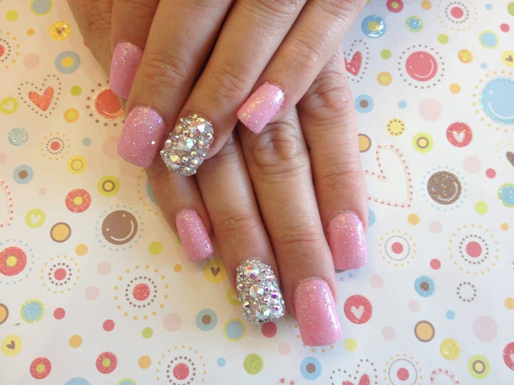 How to grow long strong nails naturally in 10 days