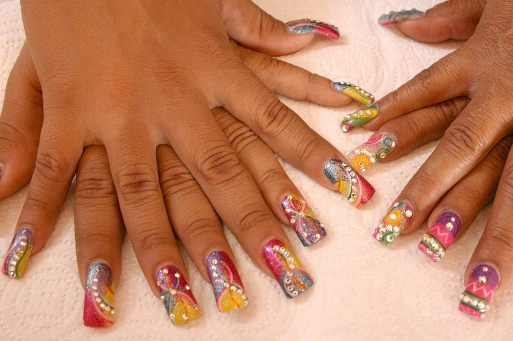 10 Reasons Why Your Acrylic Nails Lift After A Few Days